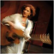 Elke Voltz - Gesang, Gitarre
