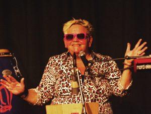 Anne Breick Live